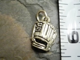 Sport Charms - Baseball Glove
